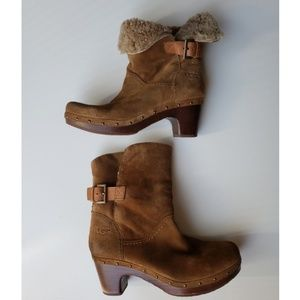 Ugg Lynnea suede brown boots ankle sz 10